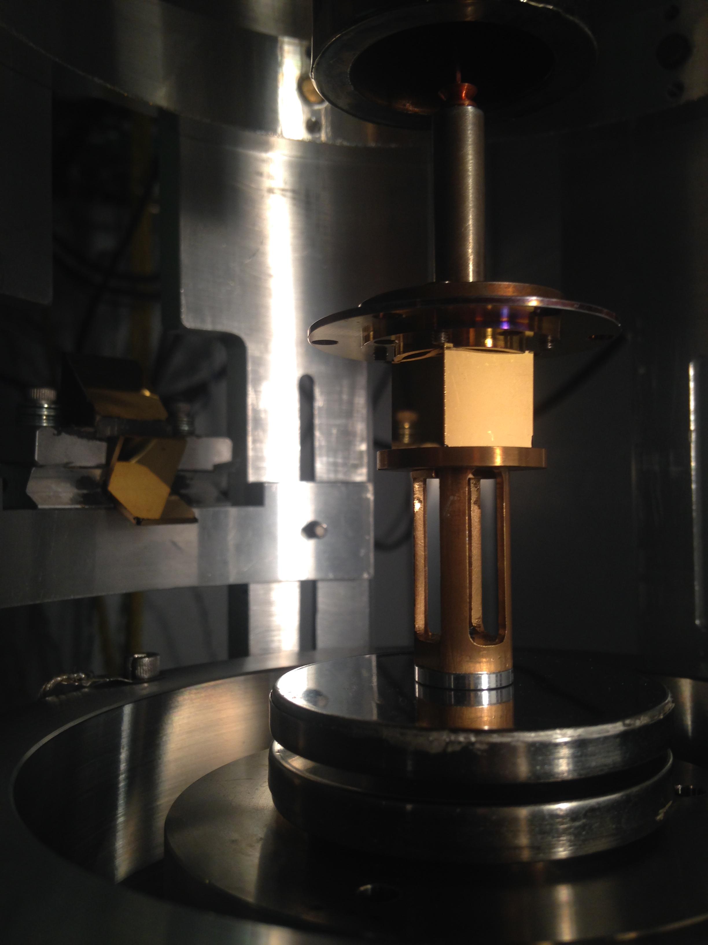 Short range spin-dependent force pendulum